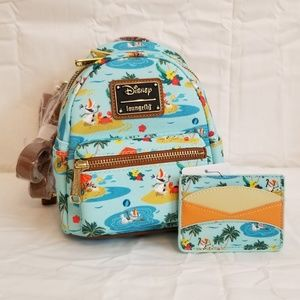 Loungefly Frozen Olaf Backpack and Card Holder